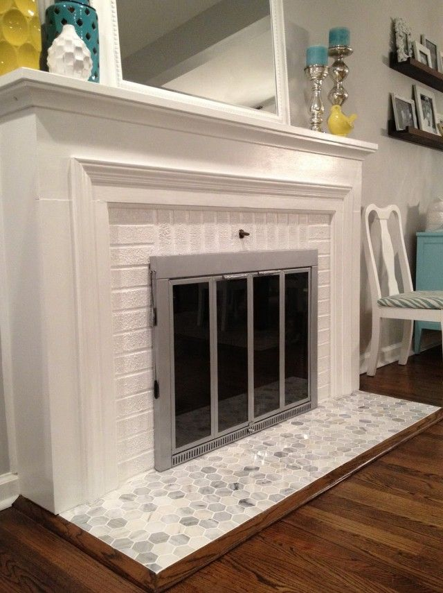 Fireplace surrounds and Living rooms