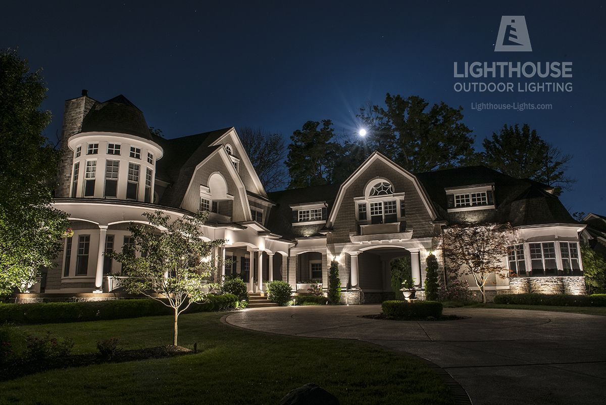 Cape Cod Style Architecture The Exterior Lighting For This Home Was Designed And Installed By Li Landscape Lighting Outdoor Lighting Landscape Lighting Design