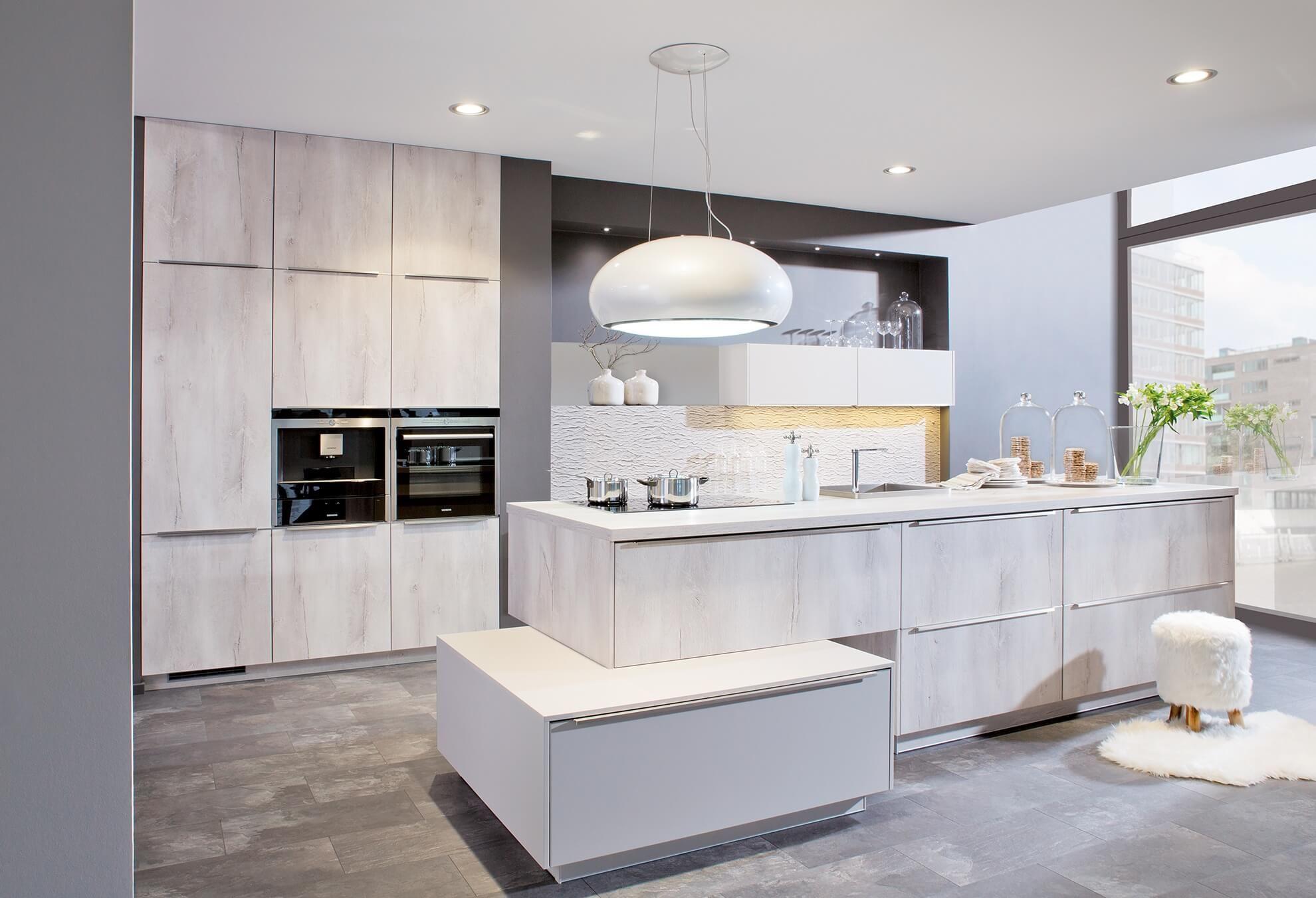 Sie planen Ihre Einbauküche. Als Küchenprofis arbeiten wir gerne mit ...