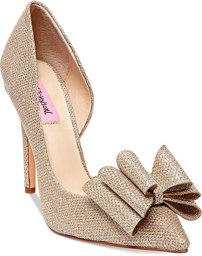 Betsey Johnson Prince Polka Dot Bow Pumps 4WmIse3DsF