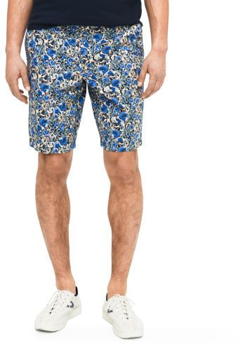 $29, Blue Floral Shorts: Club Monaco 10 Floral Maddox Short. Sold by Club Monaco. Click for more info: https://lookastic.com/men/shop_items/262963/redirect