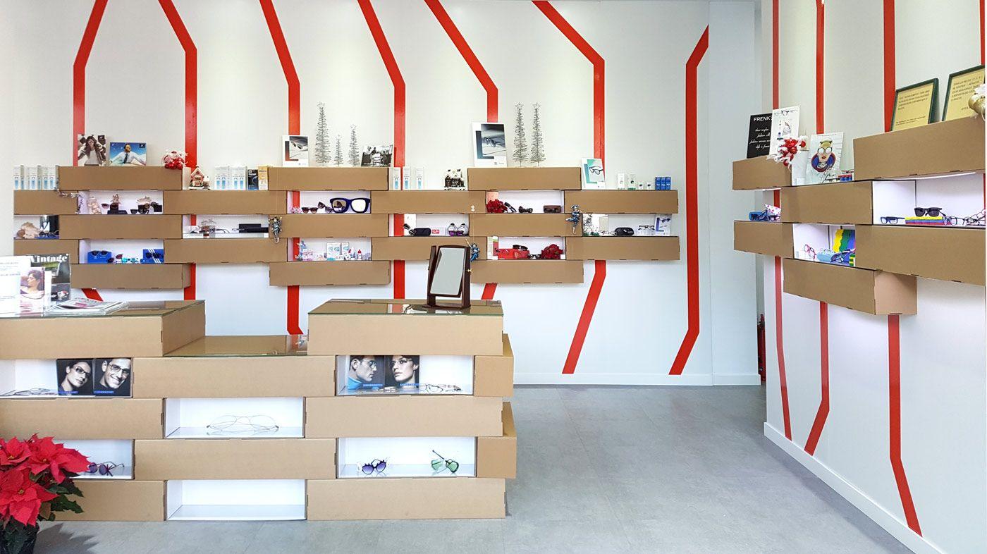 Dise O Interior Ptica Expositores Para Gafas Y Mobiliario  ~ Expositores Para Tiendas Segunda Mano