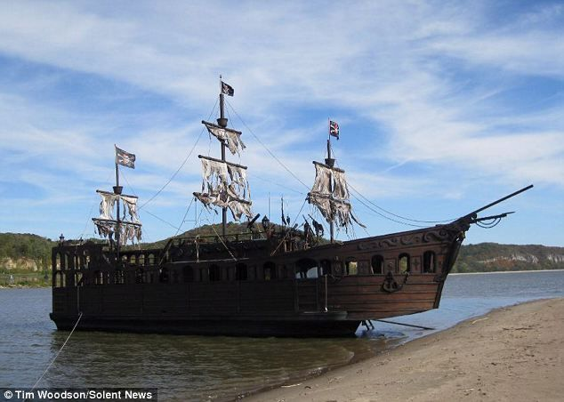 inside real pirate ships - Google Search | Pirates ...