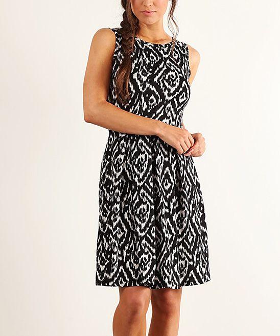 Black & White Diamond Pleat Sleeveless Dress