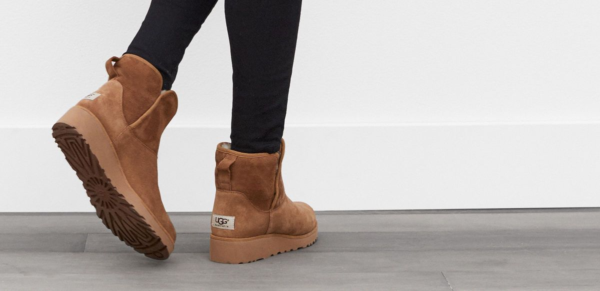 e360fb0d1ff4 Women s Kristin Ugg Boots Outfit
