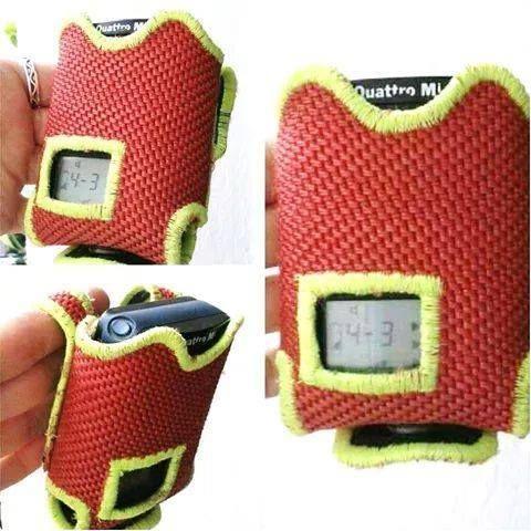 Meldertasche/Gürteltasche Swissphone Quattro aus Feuerwehrschlauch  rot