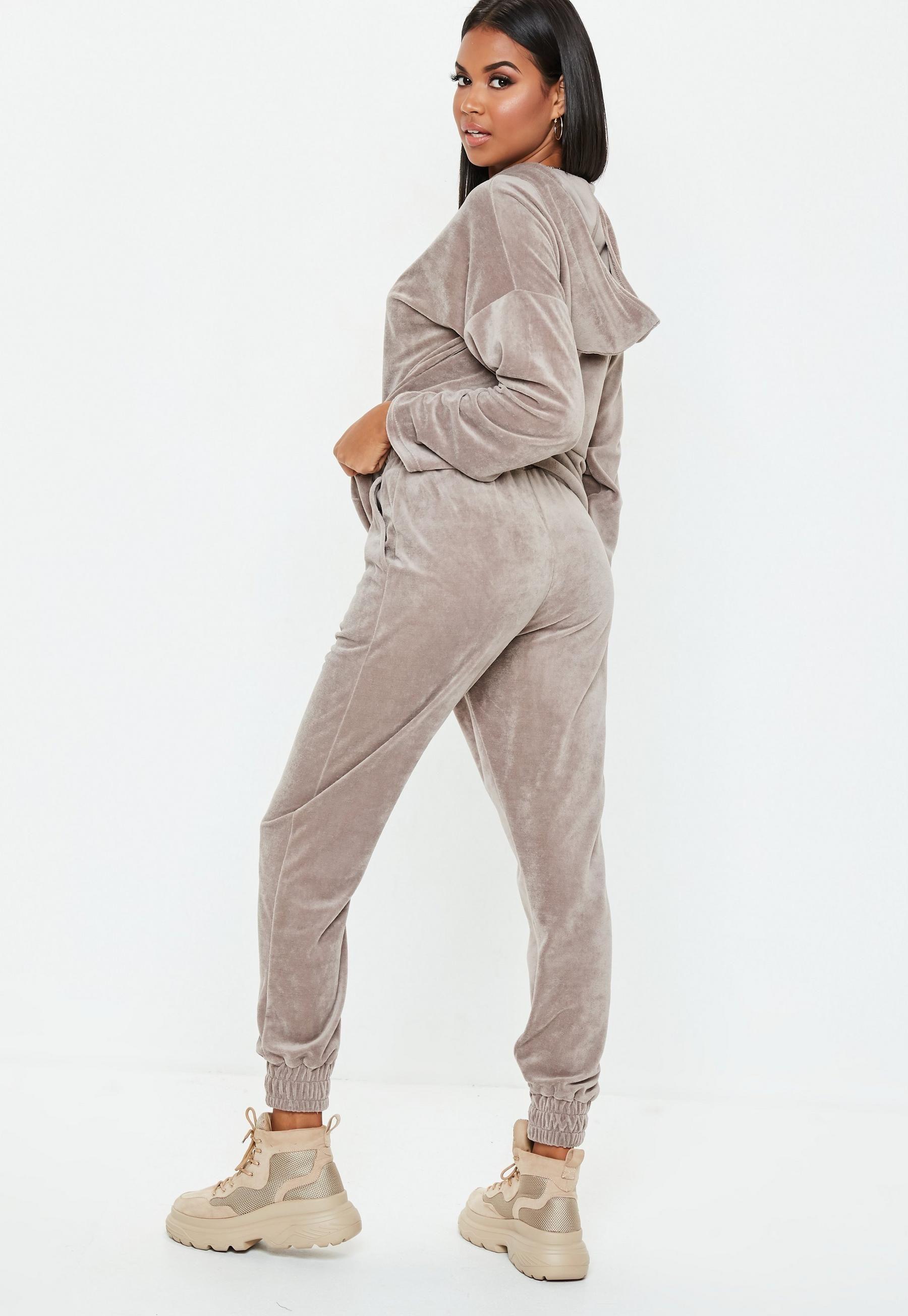 efef0223 Grey Slim Leg Velour Joggers | Missguided Trouser Pants, Trousers Women,  Slim Legs,