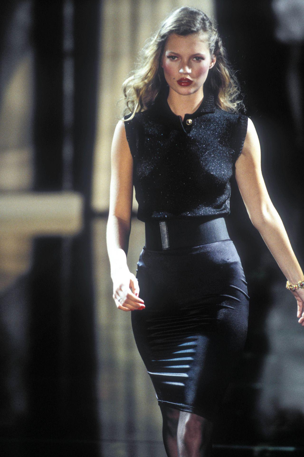 R.H. Thomson Hot fotos Dasi Ruz,Sarah Hudson (actress)