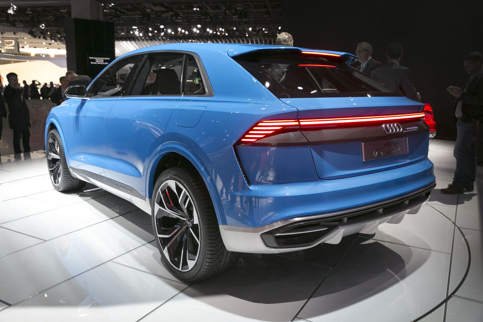 Audi Q8 Sport Suv Concept Hybrid 2018 Audi Q8 Styling One Would Tend To Think That With The Audi Q7 T Sport Suv Audi Q8 Suv Concept