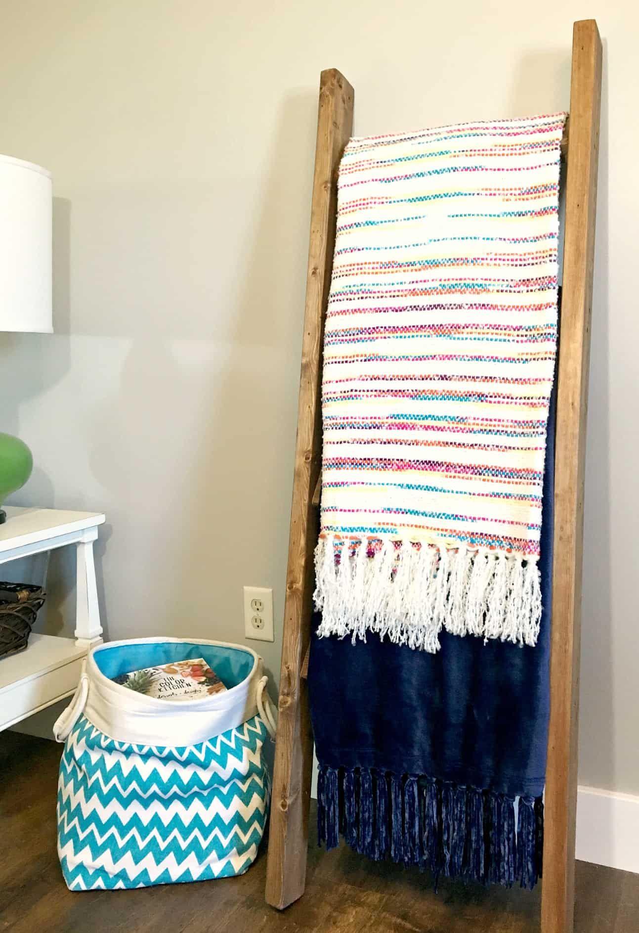 DIY Blanket Ladder A Turtle's Life for Me in 2020 Diy