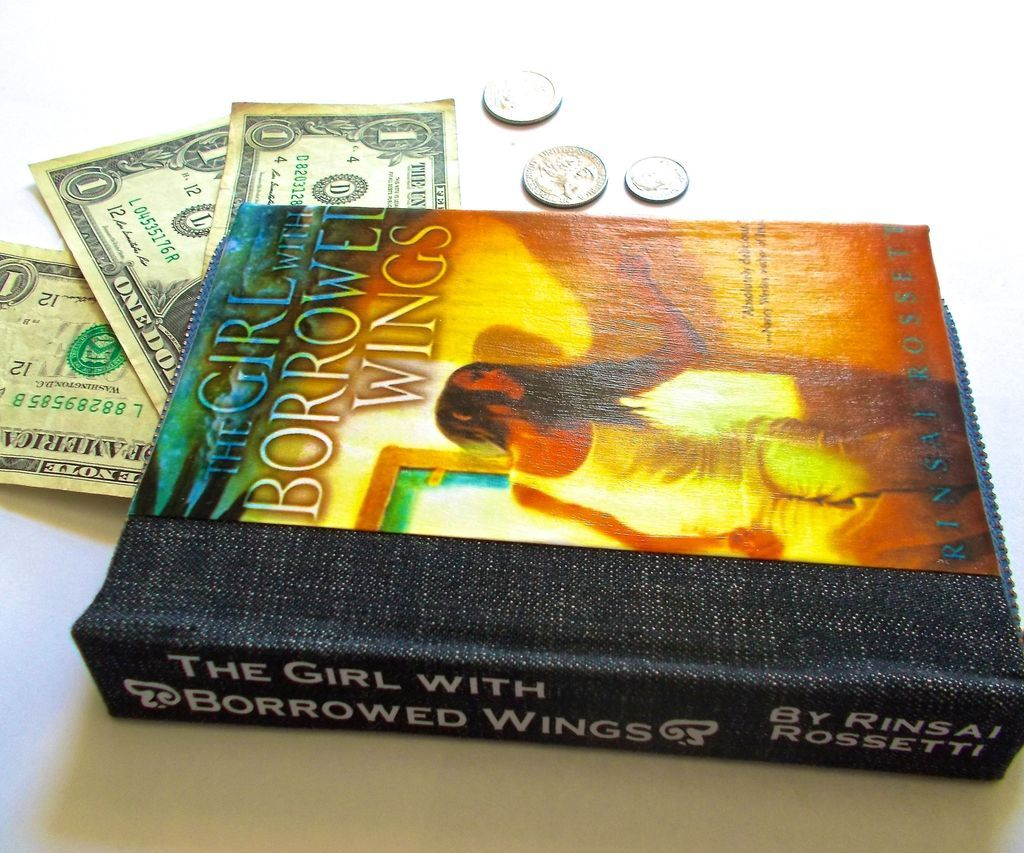 Vintage Book to Wallet | Make It! | Books, DIY Wallet
