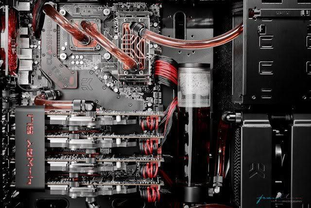 4 Way Sli Red And Black Liquid Cooling Tecnologia