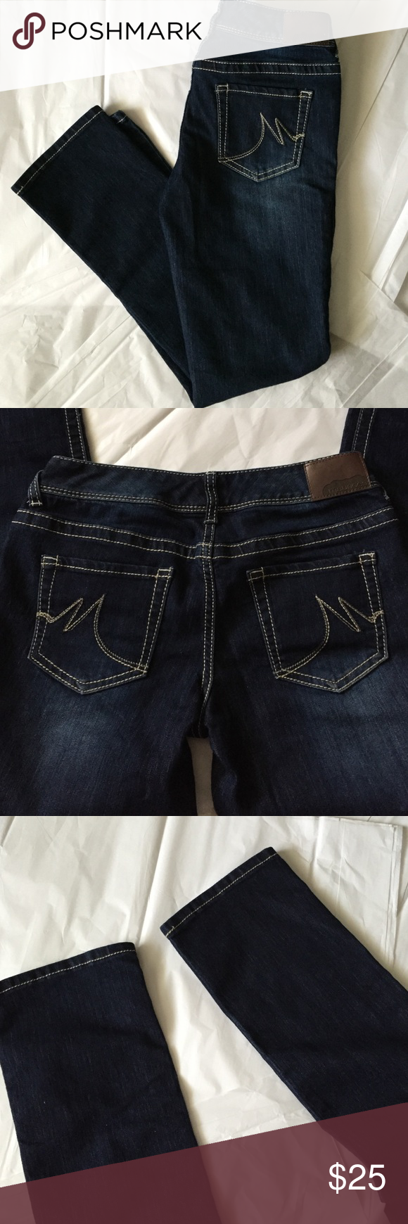 Maurices Straight leg Jeans! Maurices straight leg Jeans! Size 3/4 Short! Excellent condition! Inseam 30 inches. Cotton, polyester, spandex blend! Maurices Jeans Straight Leg