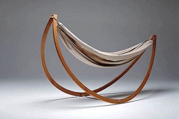 The #Woorock #Hammock #Swing is an item that emerged from the intersection of hammock and swing. It is easy to use and blends perfectly in any home. Find out more at: http://impressivemagazine.com/2014/02/02/relax-style-woorock-hammock-swing/