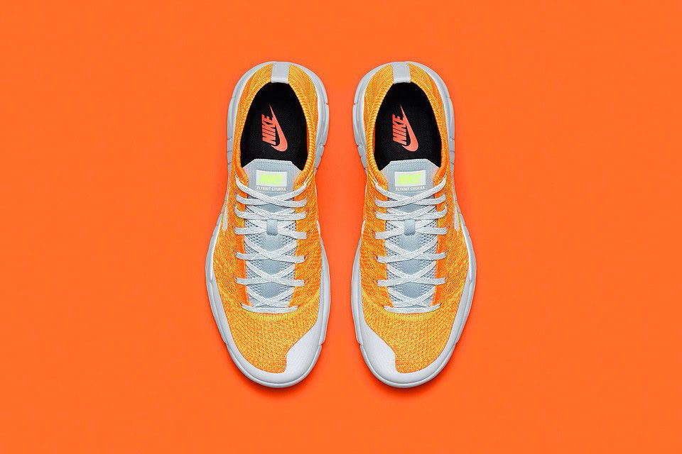 official photos 550dc beac2 First look at the Nike Flyknit Trainer Chukka FSB ORANGE, release date set  for November. The Flyknit Chukka upper sports two-tone orange, while grey .