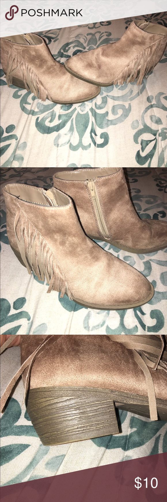 Super cute boots Theses tan boots are in excellent condition, like brand new, size 7 great for the fall. American Eagle by Payless Shoes Ankle Boots & Booties