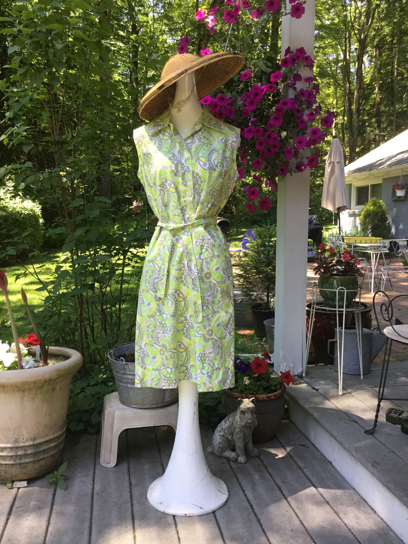 Vintage Dress Mod Floral And Geometric Pattern Yellow Green Etsy Vintage Summer Fashion Vintage Mod Dress Vintage Dresses [ 3000 x 2250 Pixel ]