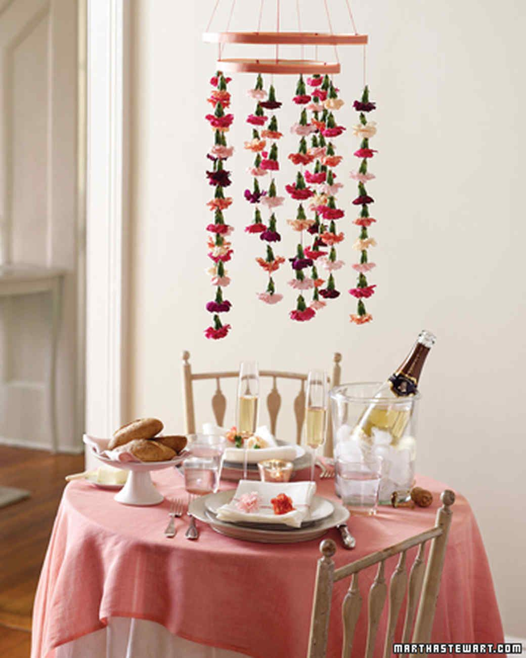 Carnation Mobile Centerpiece And Napkin Ring Dining Table