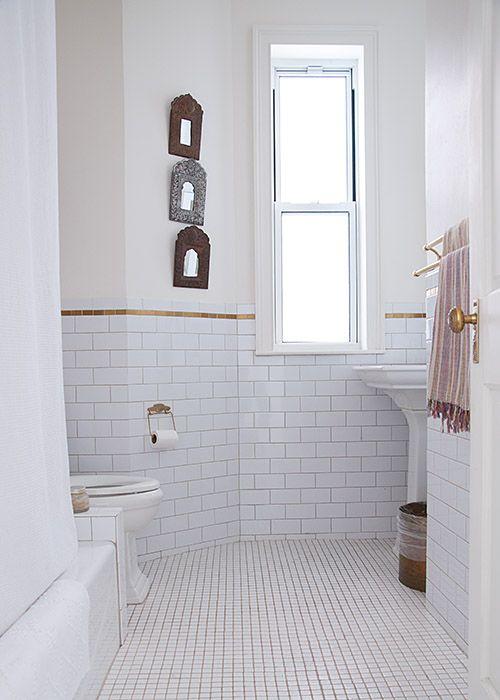 Via design sponge farah malik 39 s brooklyn home i 39 m loving the brass tile accents bathroom - Design sponge bathrooms ...