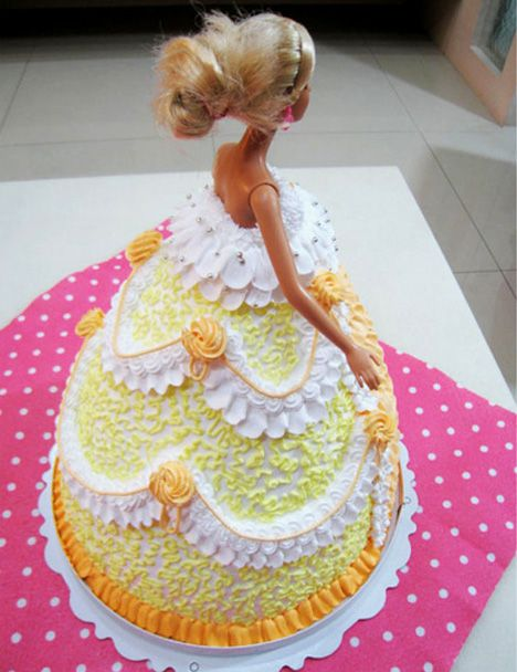 Barbie Doll Cakes in China Barbie doll China and Dolls