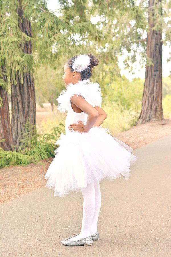 45a9ee1b82 DIY White Swan Costume - A Pumpkin And A Princess