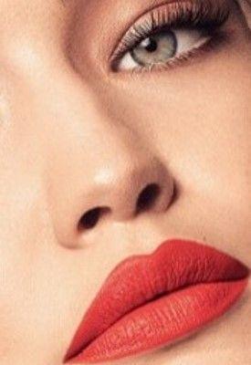 Exclusive: Gigi Hadids Favorite Things - Behind the
