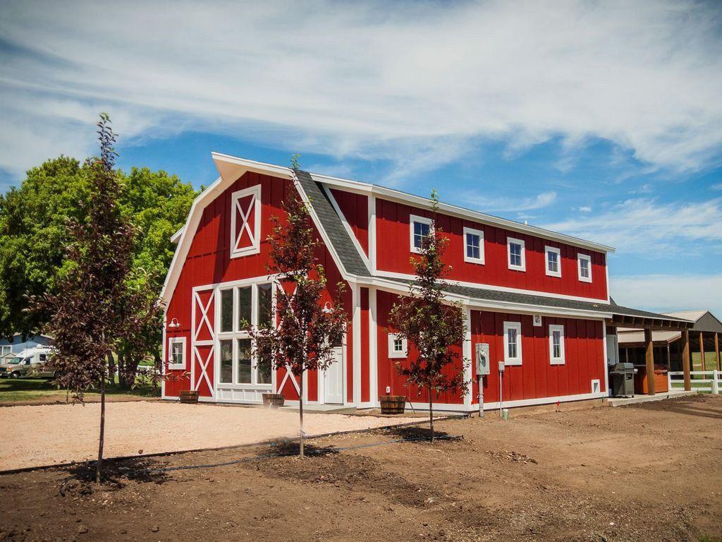 The Hot New Vacation Rental: Barns (Not Kidding)   Barn ...