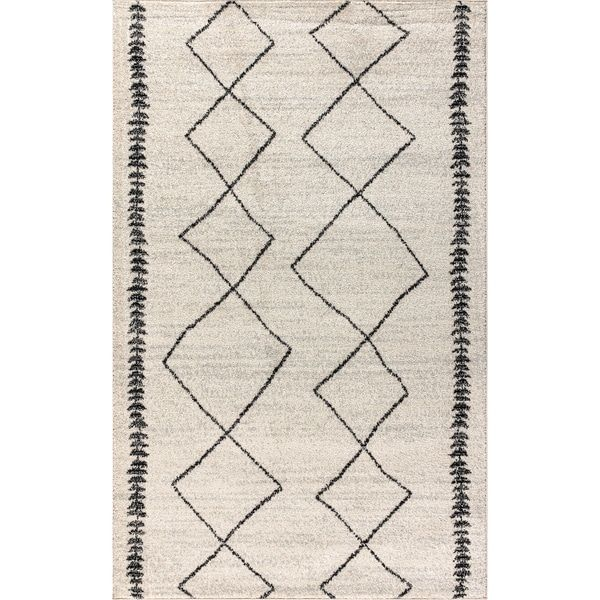 Perfect Rug by JonathanY. Click through to find the best rugs to decorate your living room!. #JonathanY #HomeDecor #Rugs #ModernRug #PersianRug #MoroccanRug