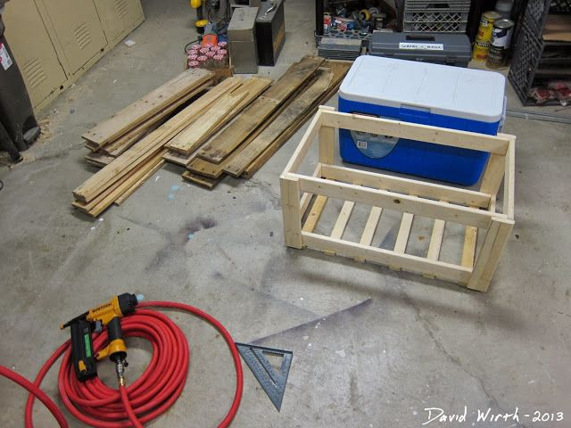 Mobili pallet ~ How to make a wood cooler stand from pallet woodwork pinterest