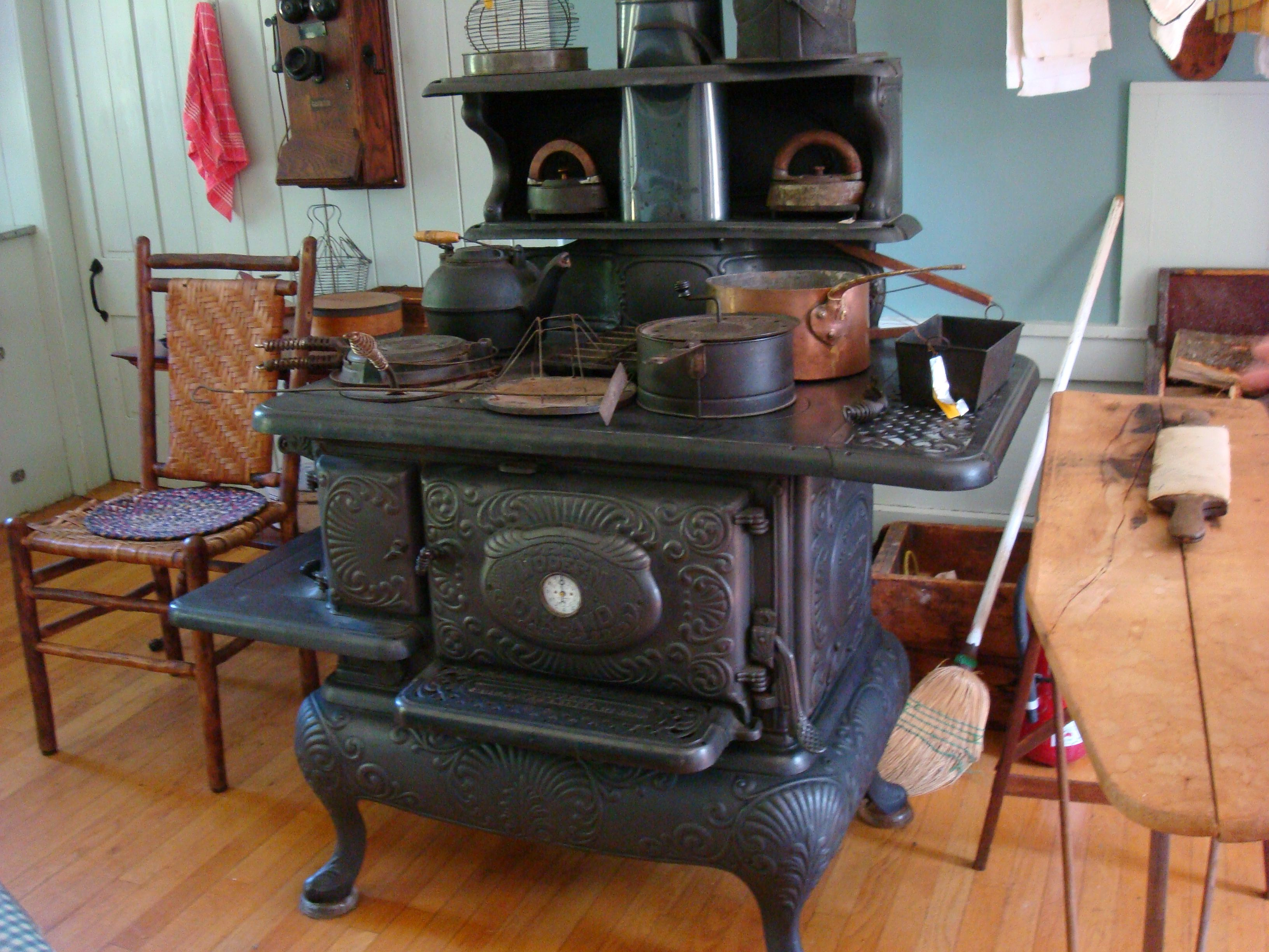 wood burning kitchen stove new hampshire farm museum farms