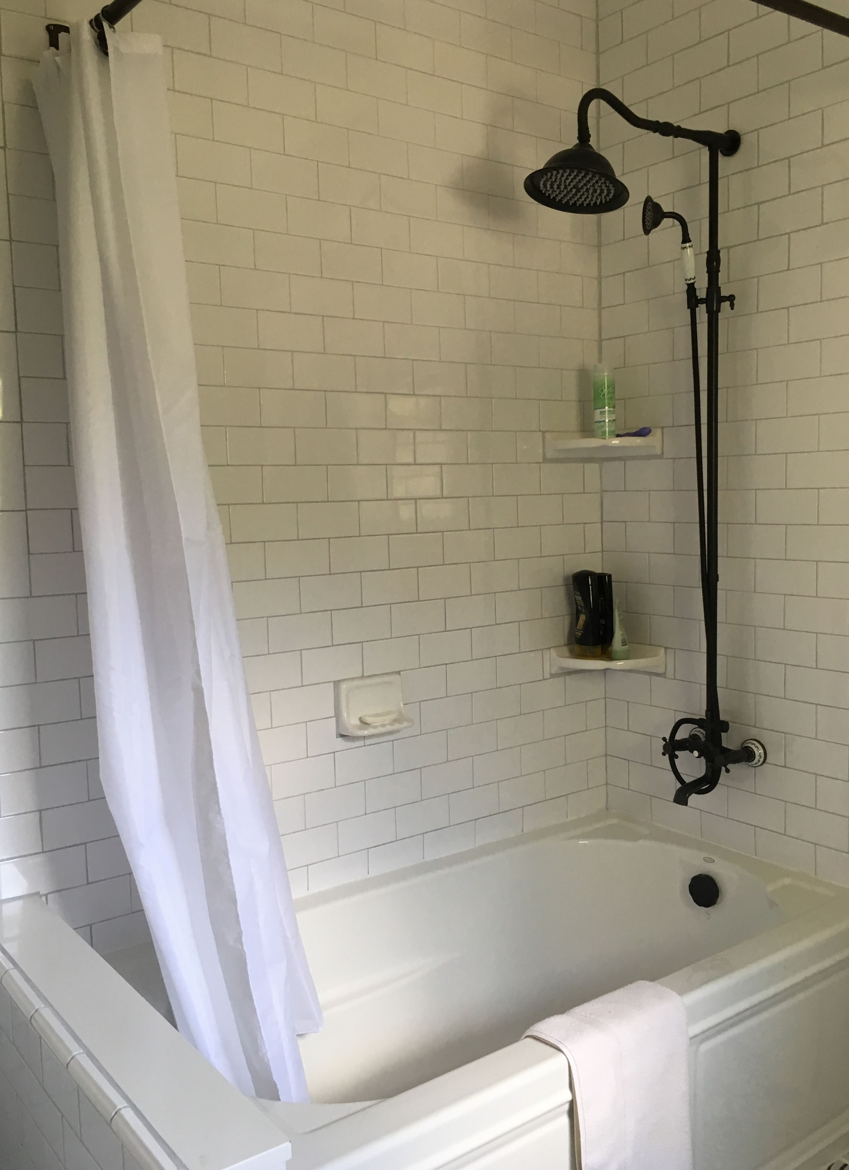 Pin By Riana Fisher On 1901 Vintage Bathroom Pinterest Ceramic