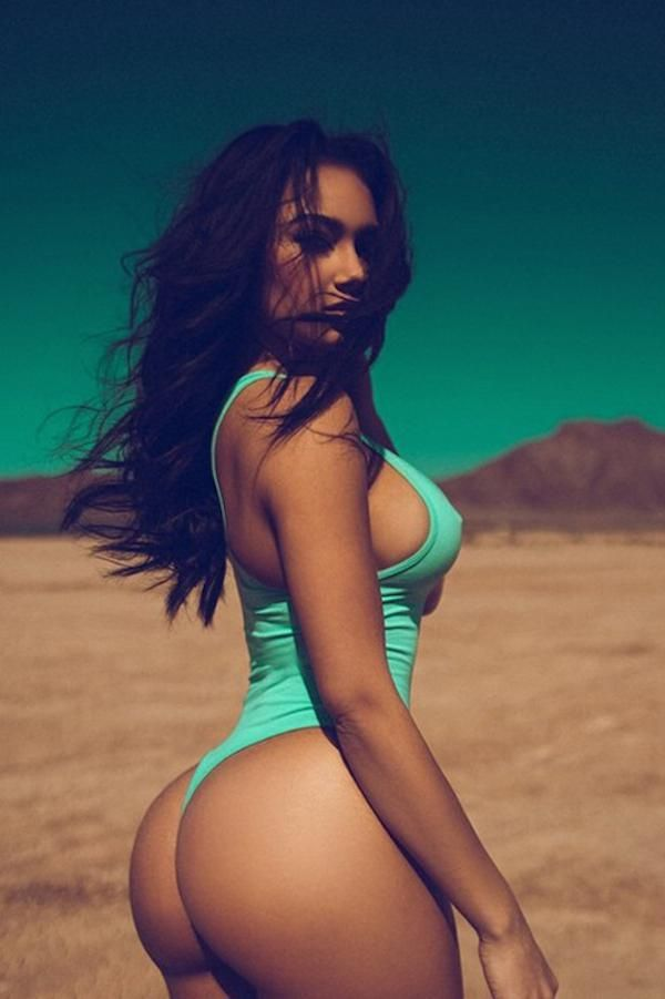 Cant Tell What Asset Is Better Beautiful Curves Sexy Curves Beautiful Women