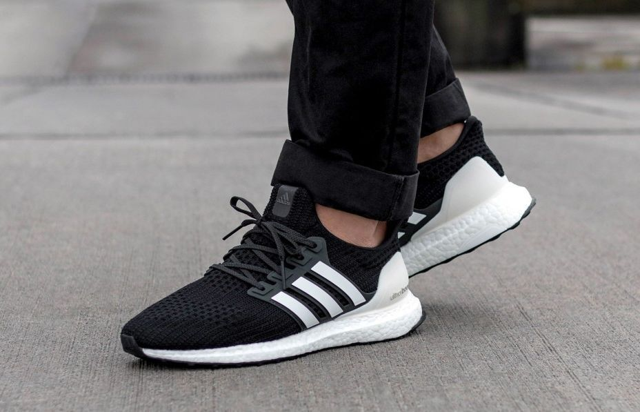 free shipping 6b35c 351ed adidas Ultra Boost   Core Black Carbon White   Mens Trainers  AQ0062    adidas  RunningShoes