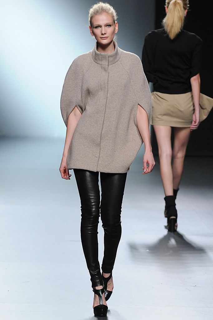 AA by Amaya Arzuaga ·fw2011 · Fashion Design
