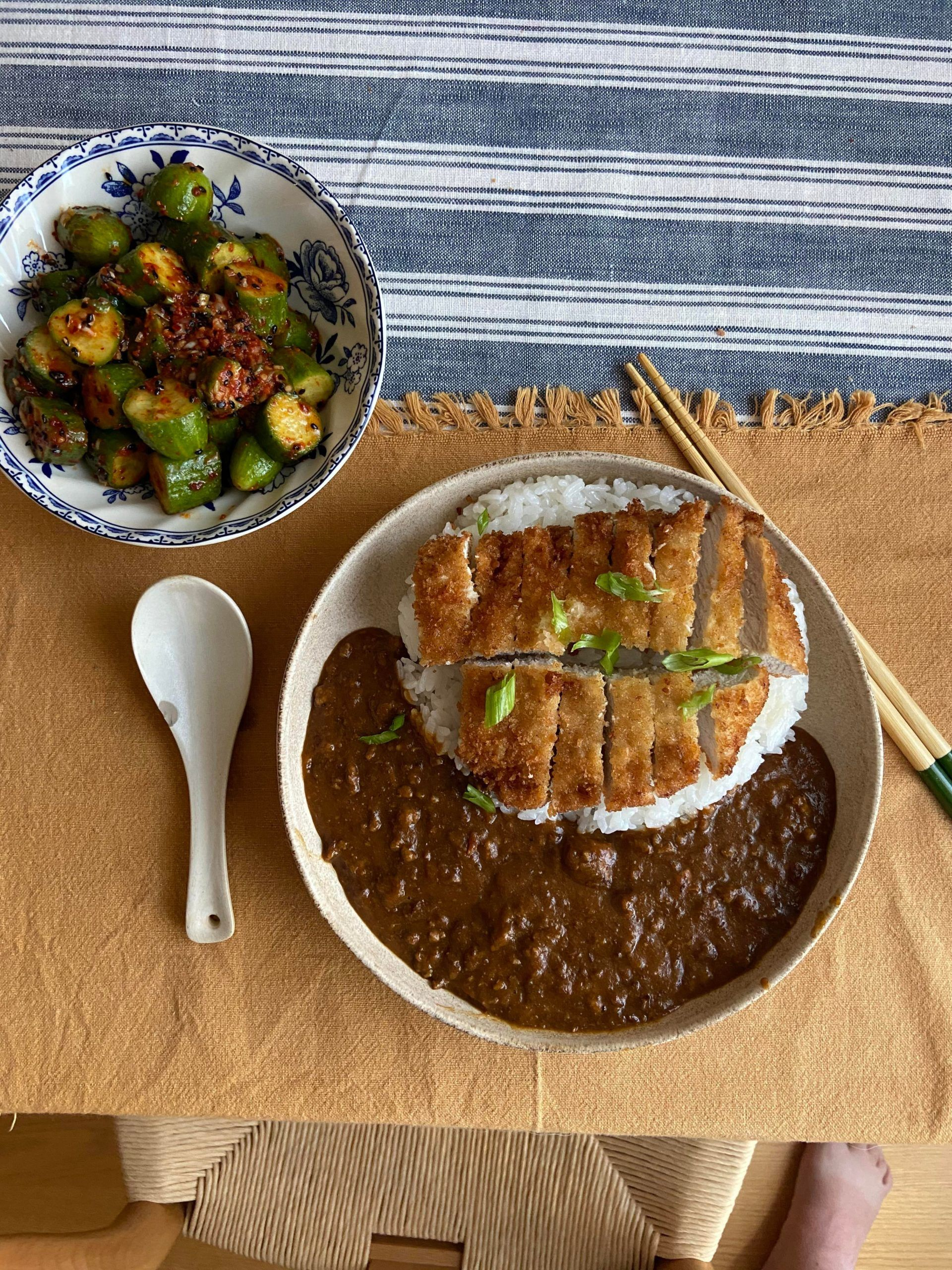 Tonkatsu Curry Rice With Oi Muchim Food Japanesefood Reddit Redditjapanesefood Https Www Alojap In 2020 Pork Cutlets Japanese Curry Spicy Cucumber Salad