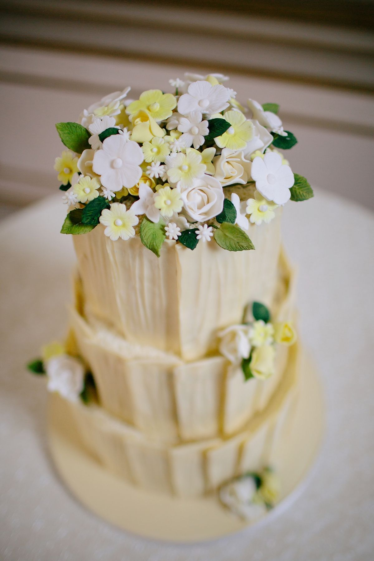 Halfpenny london elegance for a sweet and lovely spring wedding