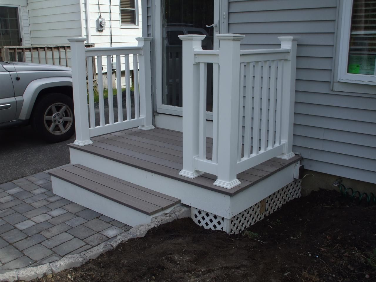 New composite deck and railings diy pinterest brick for Front entry decks