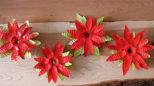 DIY Poinsettia Garland made from recycled water bottles - Fancy