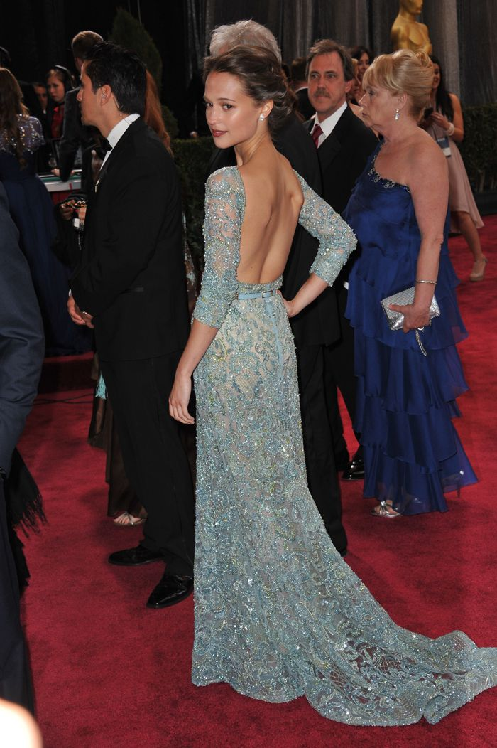 I want this dress...Beautiful Alicia on the oscars.