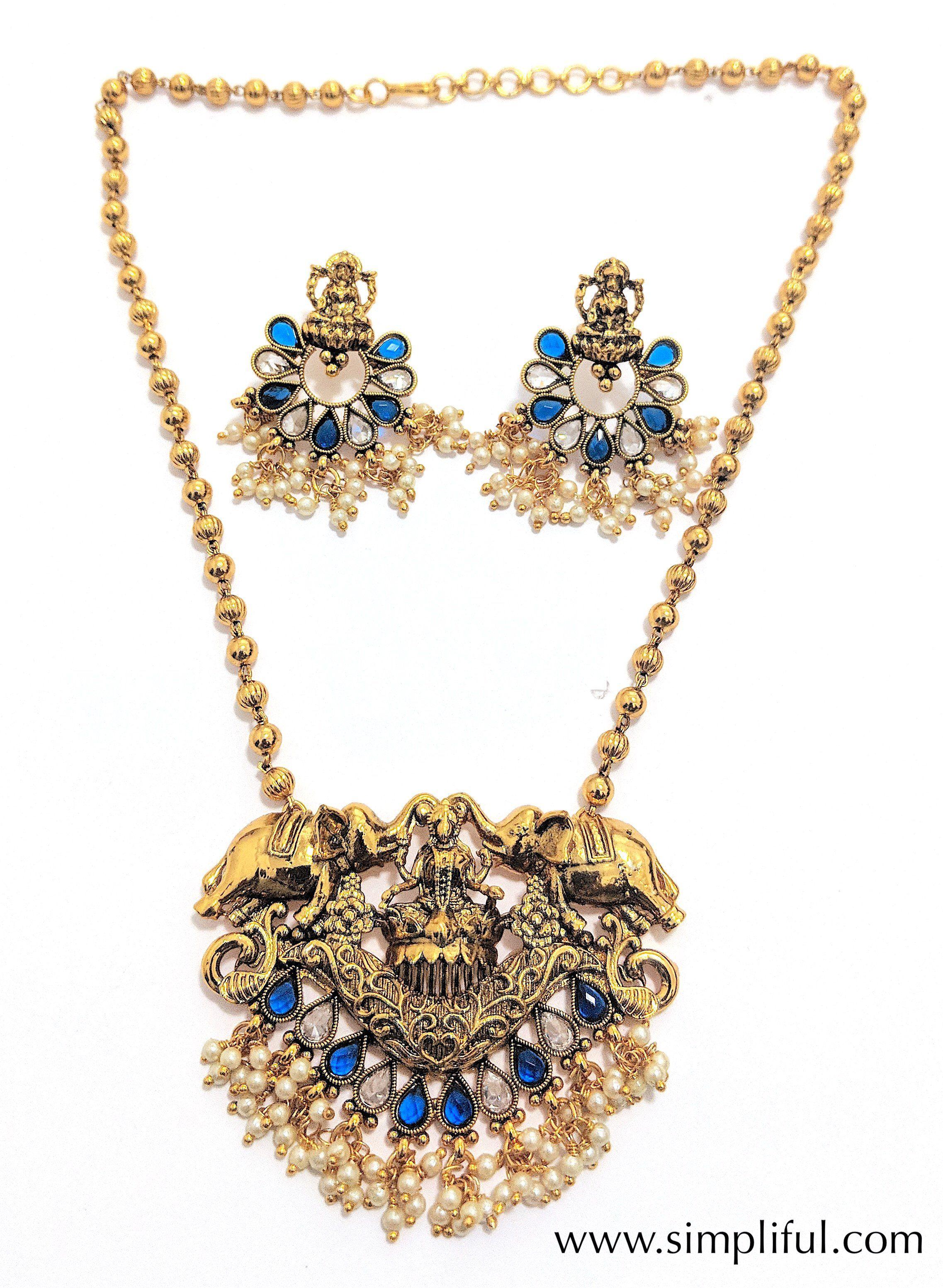 Traditional goddess lakshmi pendant necklace and earring set