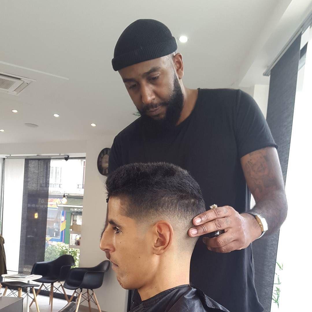 Le Nouveau Collegue Commence Fort Coiffeur Barbier Barber Barbershop Villemomble Men Clippers Onagranditlequipe Lemeltbeauty Hair Beauty Beauty Hair