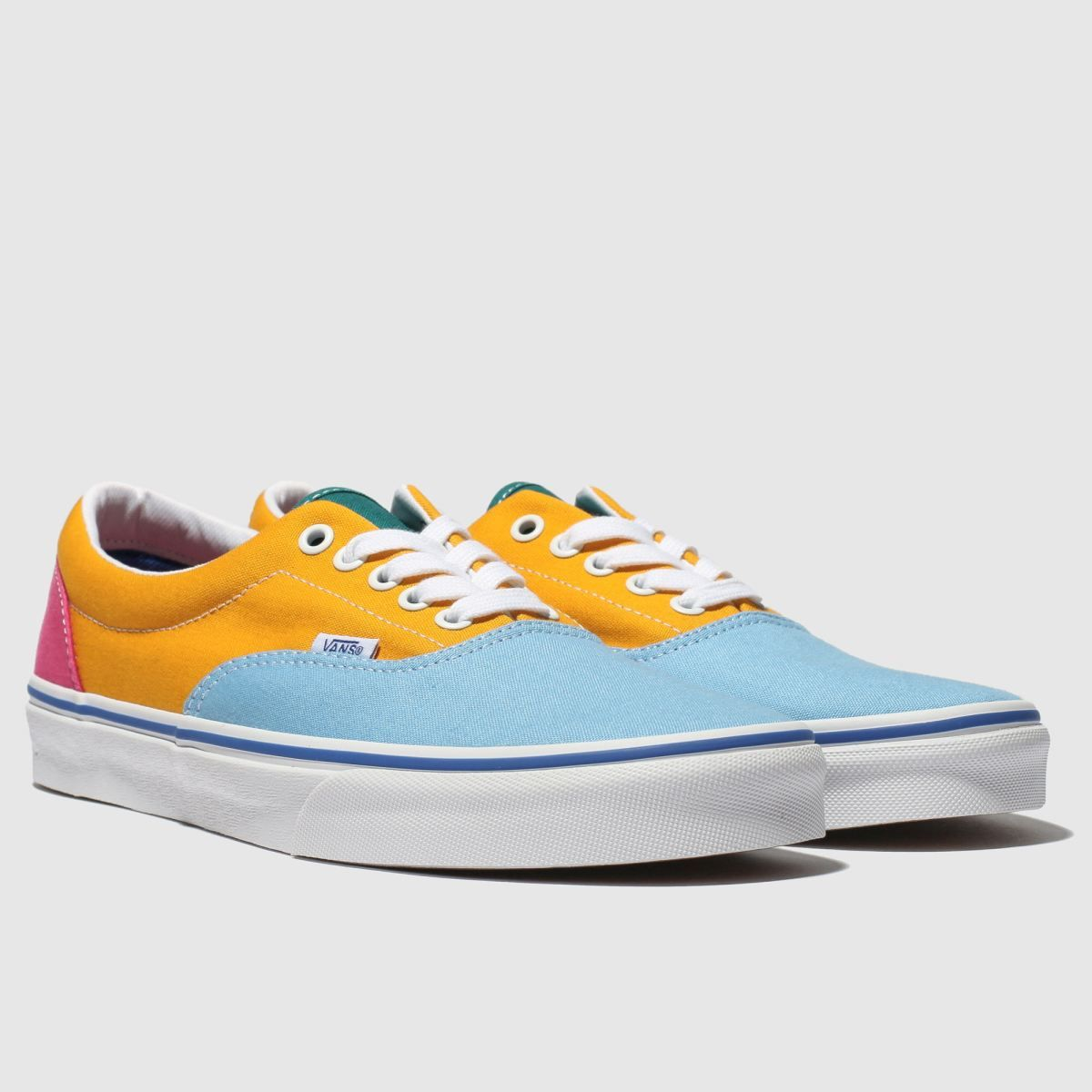 These yellow Old Skool Vans ought to brighten up your day