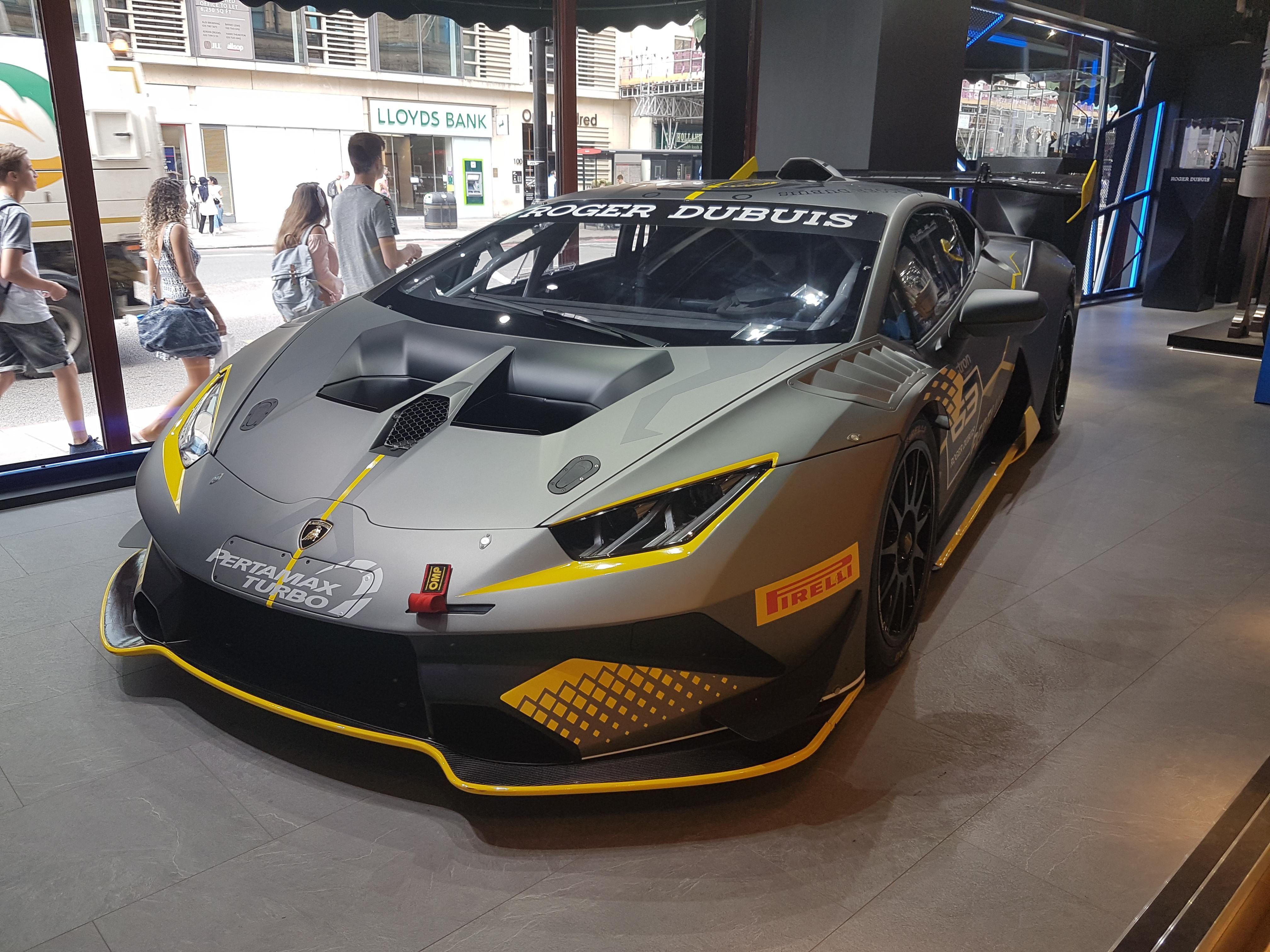Just Saw This Nice Lamborghini Oc Lamborghini Luxury Cars Cars