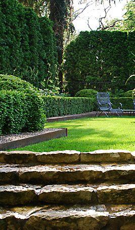 Garden Elements Boxwood Landscape Design Garden Stairs Beautiful Gardens