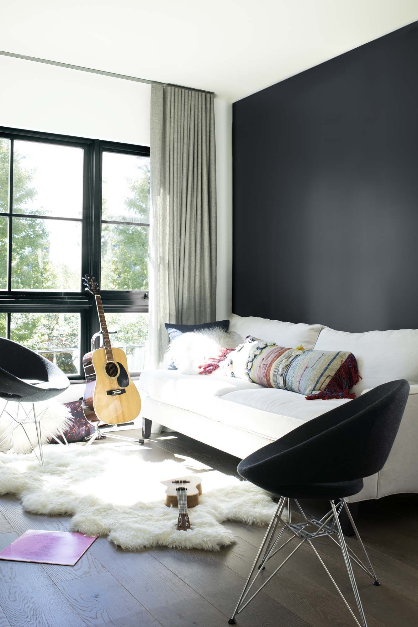 Designers Benjamin Moore Black Accent Wall Living Room Accent Wall Paint Colors Black Accent Walls