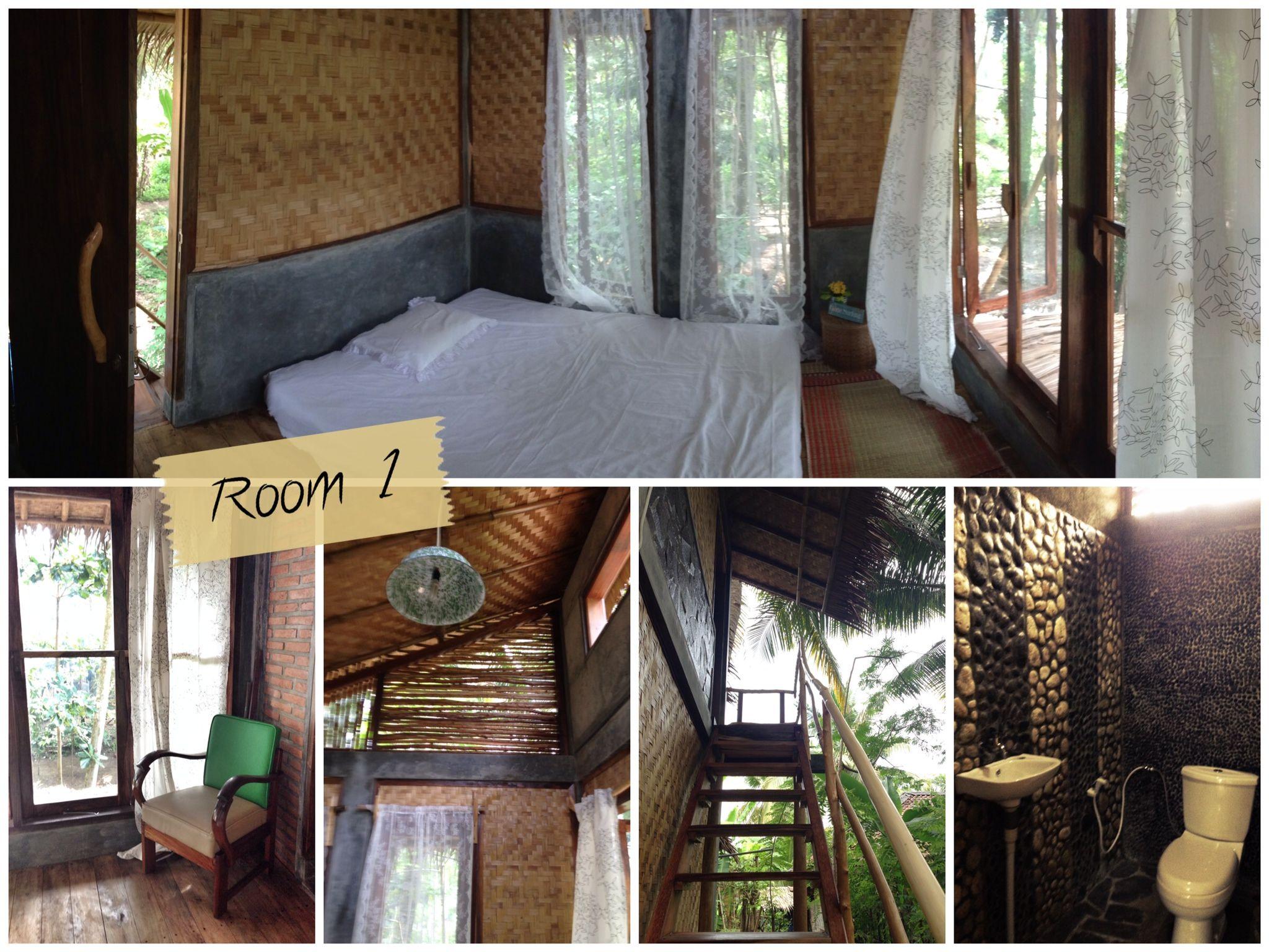 Double Queen Size Bed Room With Private Bathroom At Rumah Raia Pantai Batukaras Cijulang West Java Indonesia House Pantai