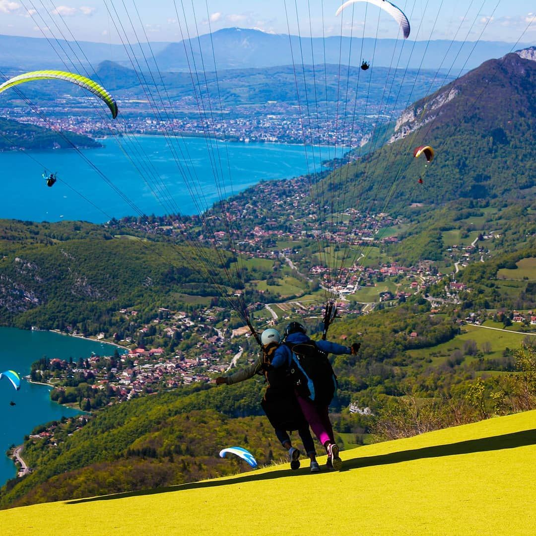 Pin On Parapente Annecy Paragliding