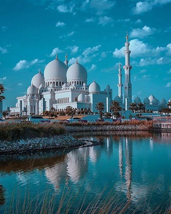 Abu Dhabi Sightseeing Abu Dhabi Sightseeing Tours Abu Dhabi Dubai Tour Beautiful Mosques