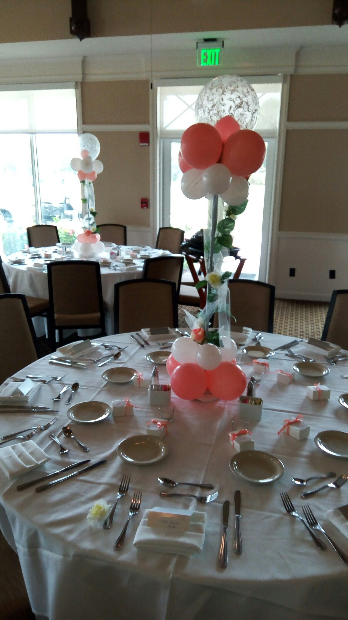 Pin by corine rodney on balloon by corine Table settings