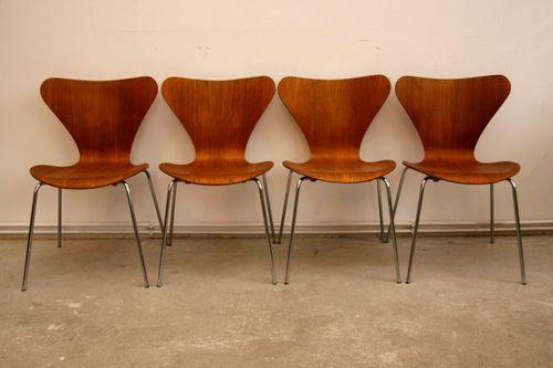 Chairs Arne Jacobsen Serie 7 Model No 3107 Teak Der Fünfte